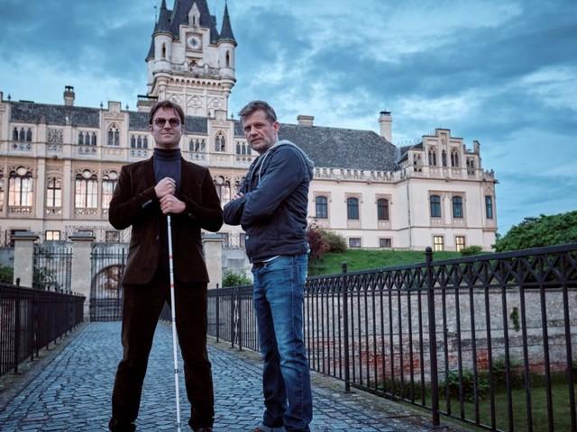 """""""Blind ermittelt"""": Doppelter Einsatz für Philipp Hochmair"""