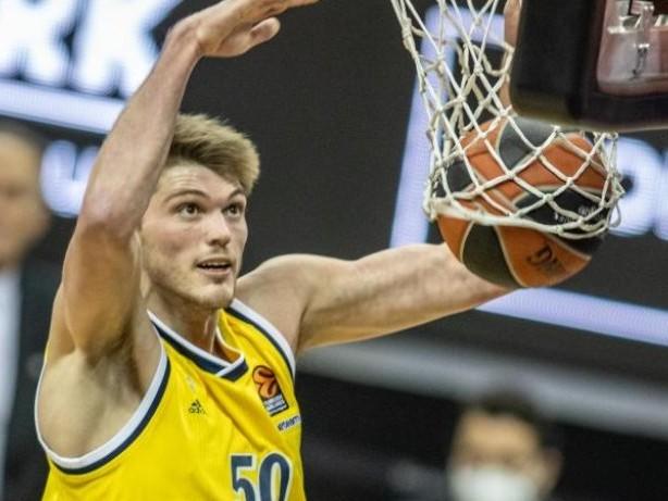 Basketball: Alba Berlin verliert zweites Finalspiel gegen Bayern München