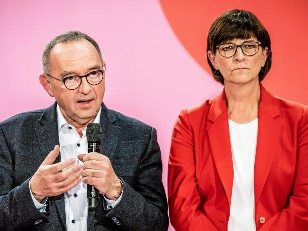Unterstützung: Hartz-IV: SPD-Vorsitzkandidaten stellen Sanktionen infrage