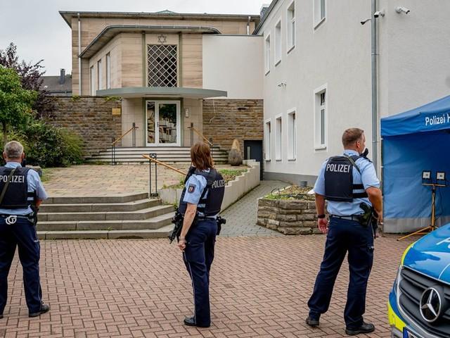 """""""Sehr ernste Bedrohungslage"""": Vier Festnahmen nach Gefahr eines Anschlags auf Synagoge"""
