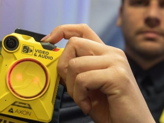 Bodycam-Aufnahmen der Polizei bleiben vorerst auf Amazon-Speichern