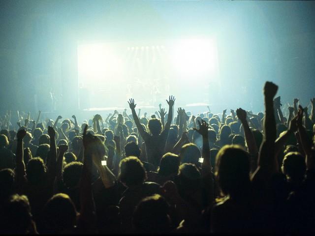 Impf-Debatte: Live-Branche fordert Impfpflicht auf Konzerten