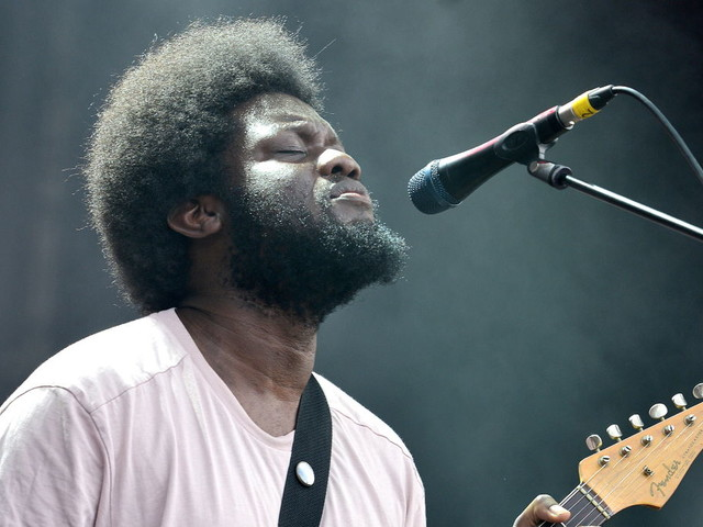"Michael Kiwanuka kündigt drittes Album an und teilt neuen Song ""You Ain't The Problem"""