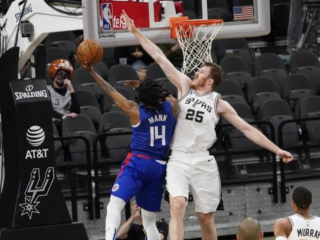 Pöltl ging mit San Antonio gegen die L.A. Clippers unter
