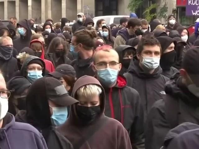 Video: Kritik nach linksgerichteter Demonstration in Leipzig