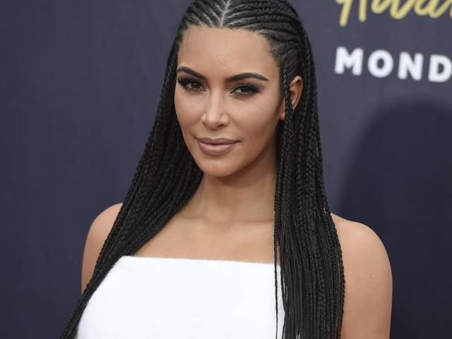"""Süßes Foto zeigtKim Kardashians viertes Baby - Fans sind entzückt: """"Er sieht aus wie Kim"""""""
