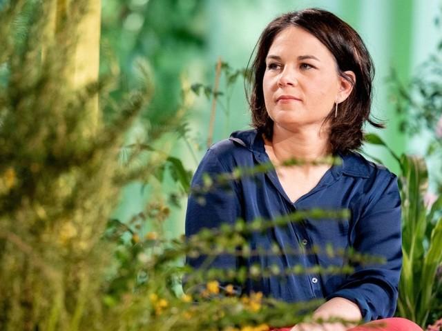 Annalena Baerbock entschuldigt sich für N-Wort-Ausrutscher