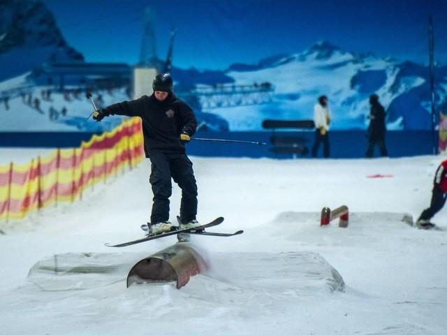 Bei Hitze im Snow Dome in Bispingen: »Der Schnee tut gut«