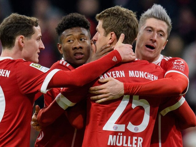 Bundesliga: FC Bayern knackt Kölner Bollwerk nur einmal - Robert Lewandowski trifft