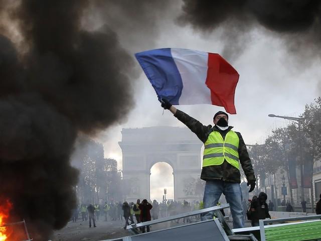 """Ein Jahr """"Gelbwesten""""-Proteste: Sie sind gekommen, um zu bleiben"""