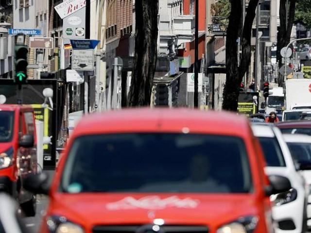 Scheuers neue StVO - Rettungsgassen, Radfahren und höhere Strafen –das könnte sich ändern