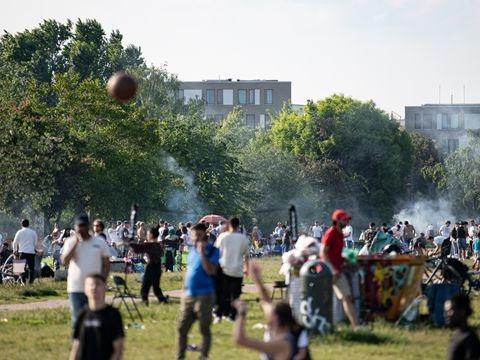 Corona-Pandemie in Deutschland: Erstmals seit August weniger als 500 Neuinfektionen