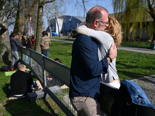 Wegen Corona-Varianten: Grenzen trennen wieder Paare und Familien