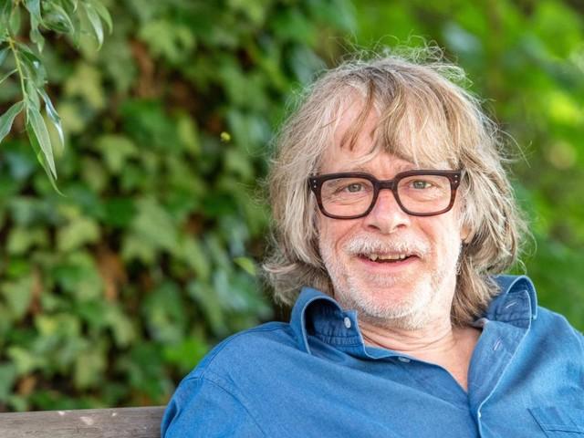 """Nach Konzertabbruch – Helge Schneider sagt verbleibende """"Strandkorb""""-Auftritte ab"""