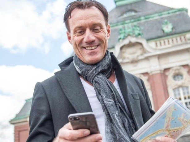 Digital: Digitalisierung: App-Stadtführungen und virtuelle Zeitreisen
