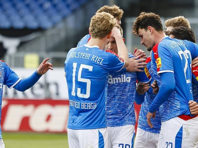 Zweite Fußball-Bundesliga: Kiel schlägt St. Pauli und enteilt dem HSV