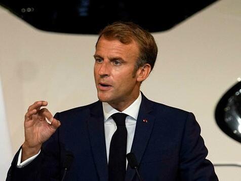 Macron erwägt Lockerungen