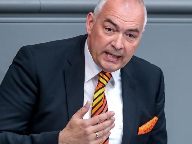 Bundestag hebt Immunität des CDU-Abgeordneten Fischer auf