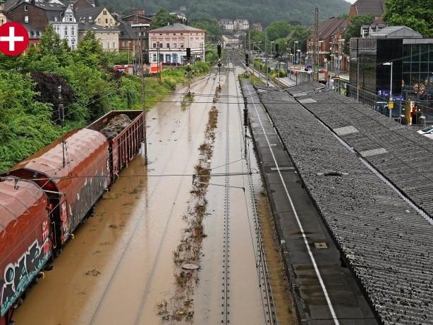 Nach der Flutkatastrophe: Hohenlimburg: Bahnhof bleibt vorerst außer Betrieb