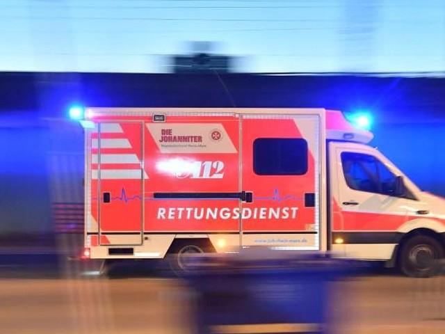 Tragödie in Iserlohn - Junge stürzt in NRW beim Spielen von Tisch und stirbt