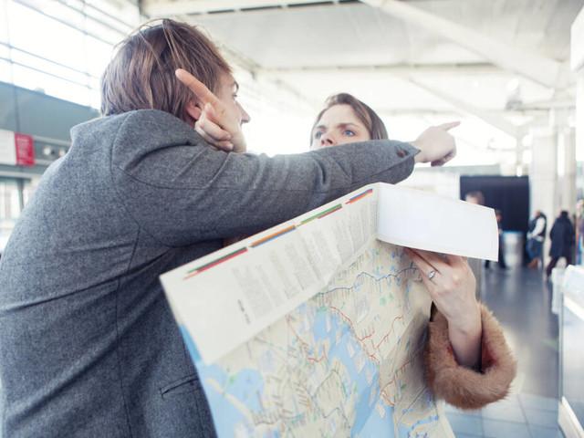 Tipps für gemeinsame Reisen: Streit im Urlaub! Die 6 Fallen für Paare – und wie man sie umgeht