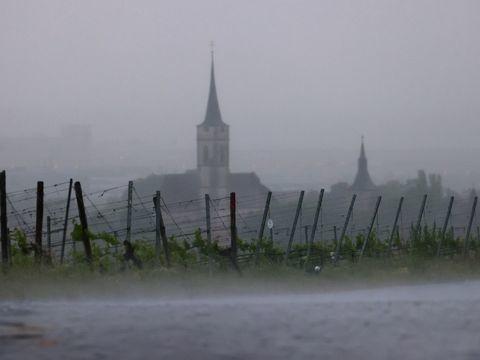 Unwetter mit orkanartigen Böen in Teilen Bayerns befürchtet