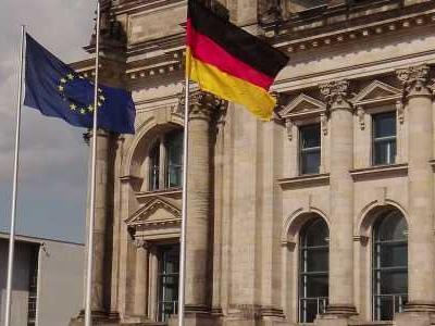 BERLIN - Die Fraktionsspitzen von Union und SPD wollen an diesem Freitag ihre Klausurtagung in Berlin mit konkreten Beschlüssen abschließen.