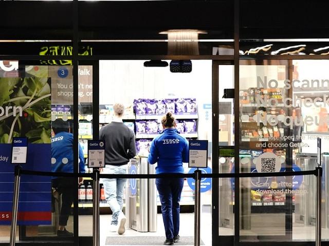 Supermarkt der Zukunft: Tesco eröffnet erste kassenlose Filiale