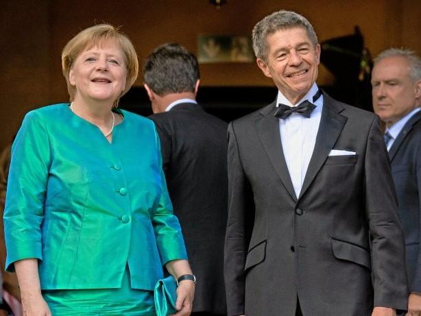 "Abschied: Merkels First Husband: Joachim Sauer und sein ""Experiment"""