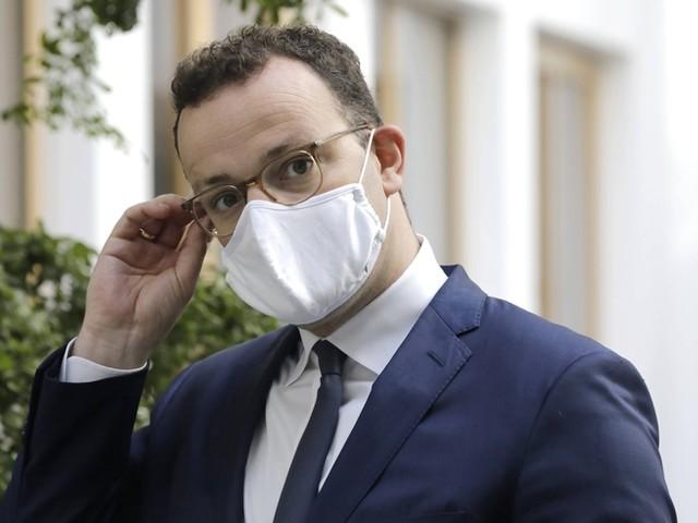 Corona-News – Spahn weist Vorwürfe um Corona-Masken zurück ++ Wissenschaftliche Dienste bestätigen Umsatzeinbrüche in der Kultur