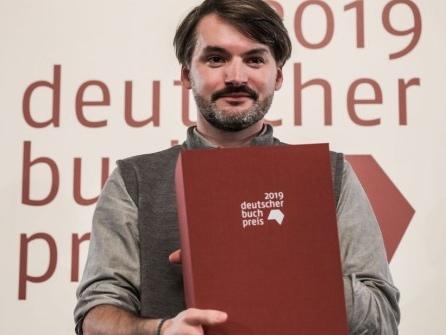 """Für seinen Roman """"Herkunft"""": Saša Stanišić erhält den Deutschen Buchpreis"""