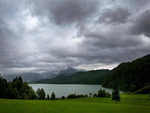 Lebensgefahr: Was Bergwanderer bei einemGewitter tun sollten