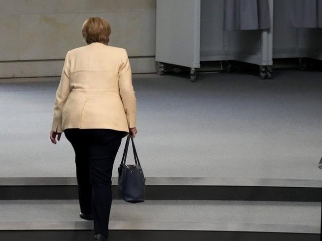 Bundestagswahl im News-Ticker: Über Hälfte der Deutschen werden Merkel laut Umfrage nicht vermissen