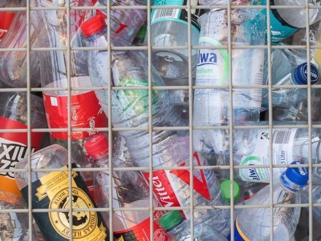 Plastikflaschen zu Reifen: Conti will recyceltes PET nutzen