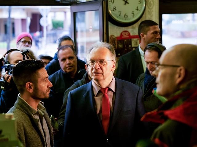 Nach Anschlag in Halle: Eigentümer verschenkt seinen Döner-Laden