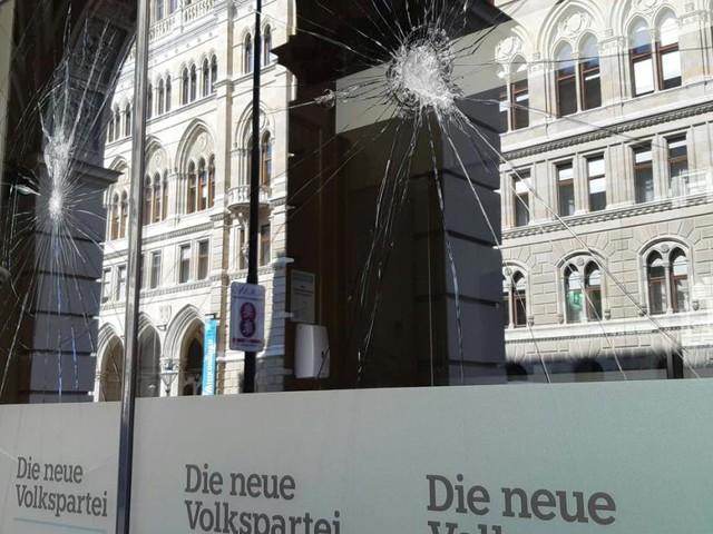 ÖVP im Umfragetief; Kanzlerfrage: Schallenberg vor Kickl