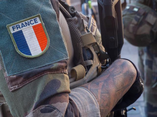 Frankreich: Brandbriefe aus den Reihen der Armee sorgen für Unruhe