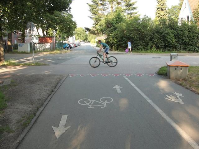 Straßenverkehr: Wie fährt es sich Rad in der kleinen Stadt?