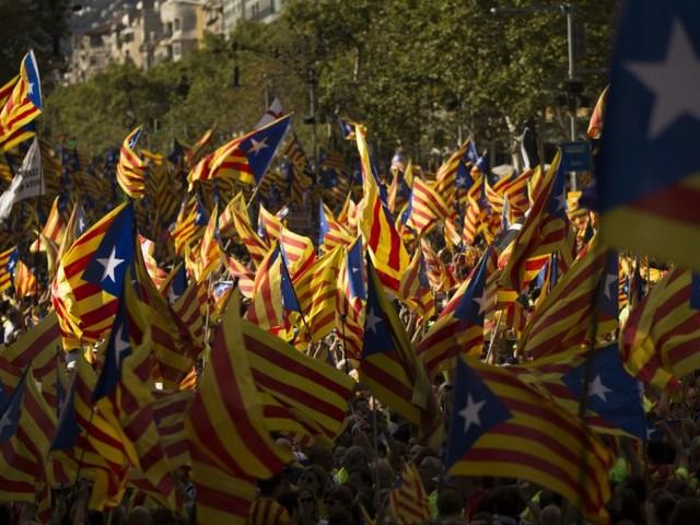Was die katalanischen Flaggen bedeuten