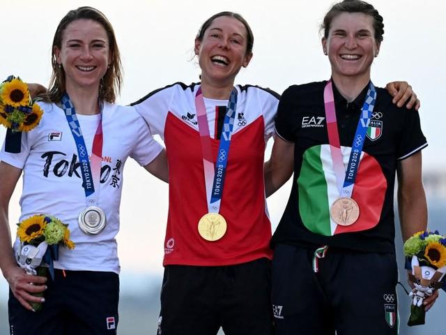 Nach der Gold-Sensation: Das ist Olympiasiegerin Anna Kiesenhofer