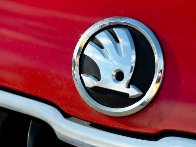Wissen Sie, was das Skoda-Logo wirklich darstellen soll?