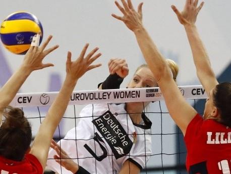Volleyball-EM: Flatterhafte Schmetterlinge fliegen weiter