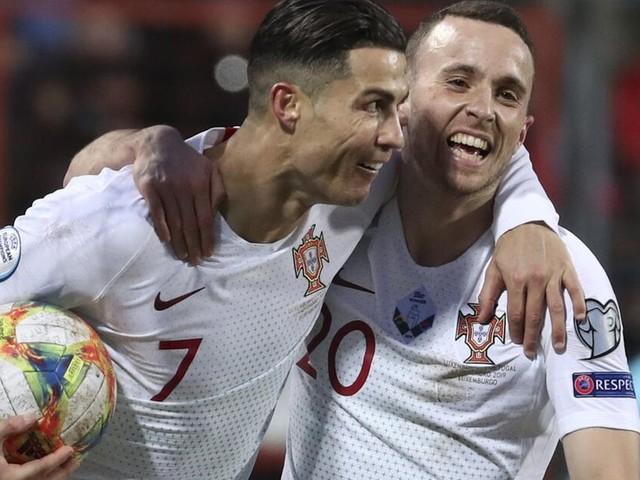 Portugal löst EM-Ticket - nach Österreich, Kroatien und Holland