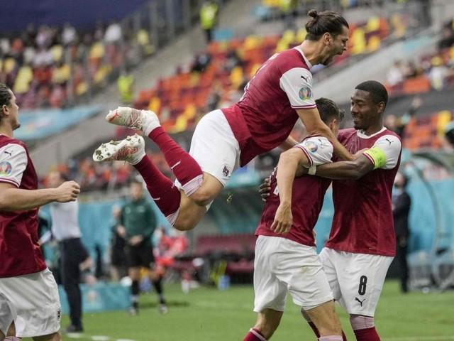 Historischer Erfolg: Österreich steht erstmals im EM-Achtelfinale