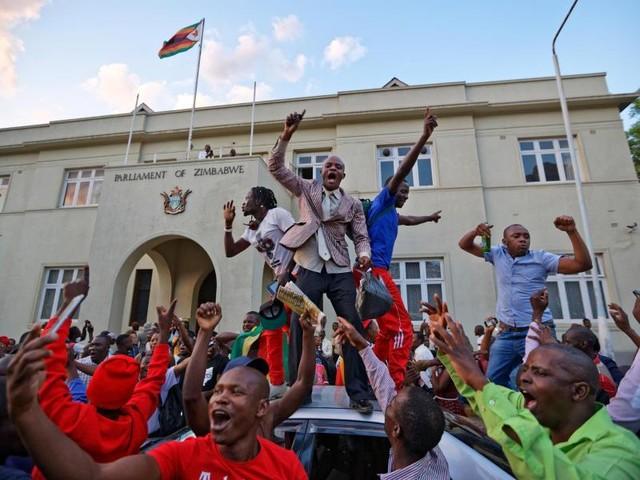 Simbabwes Präsident Robert Mugabe zurückgetreten