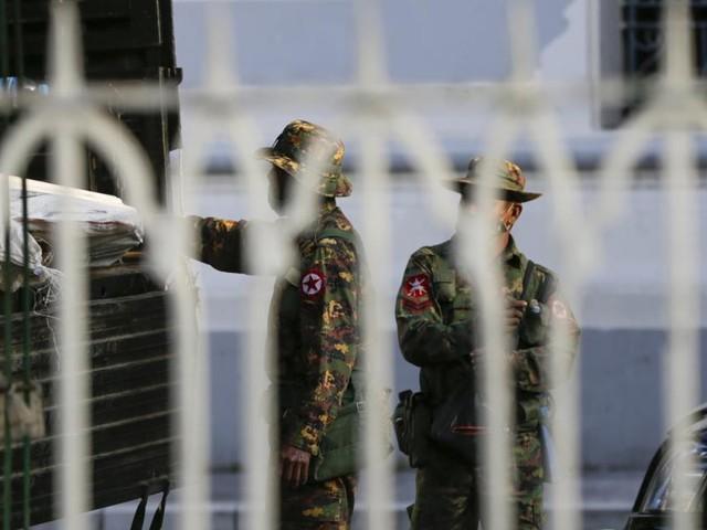 Militärputsch in Myanmar: Armee ruft Ausnahmezustand aus