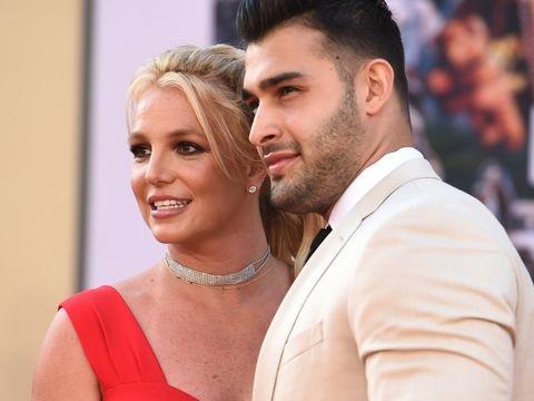 Leute: Britney Spears gibt Verlobung mit Sam Asghari bekannt