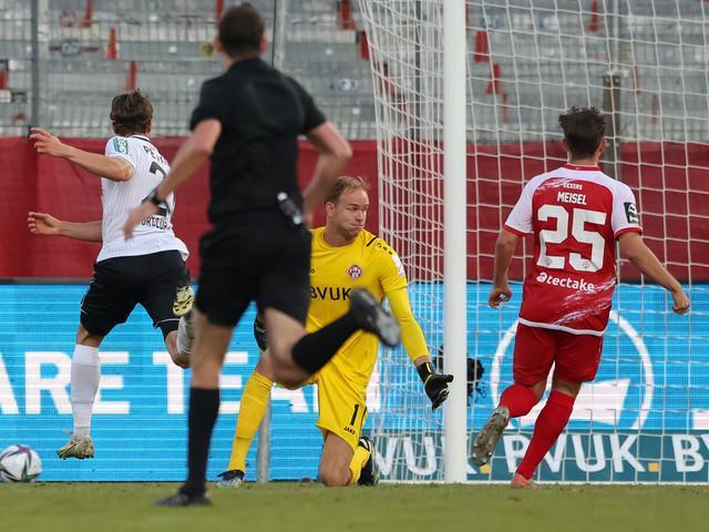 3. Liga: 3. Liga: Absteiger Würzburg ist Schlusslicht