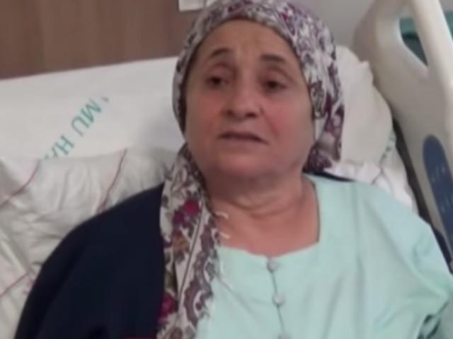 Ärzte erstaunt: Frau leidet an Husten – Röntgenbilder offenbaren Grund