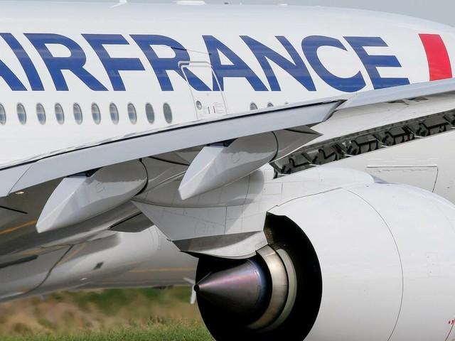 Luftfahrt: Air France-KLM hofft auf Erholung im Sommer